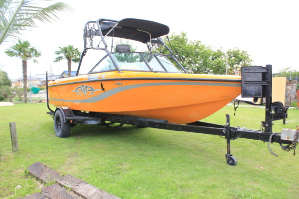 2003 SUPER AIR NAUTIQUE 210 OrangeColor